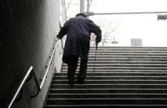 Falls are leading cause of injury deaths among older people, US study finds